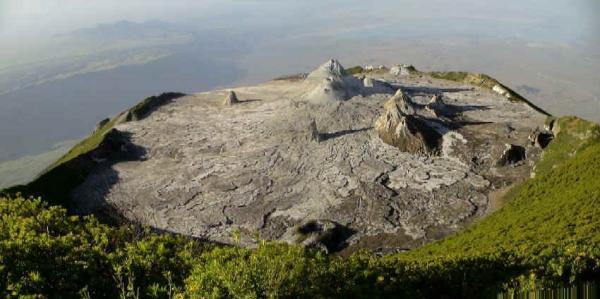 Крупное извержение Олдонио-Ленгаи, Танзания