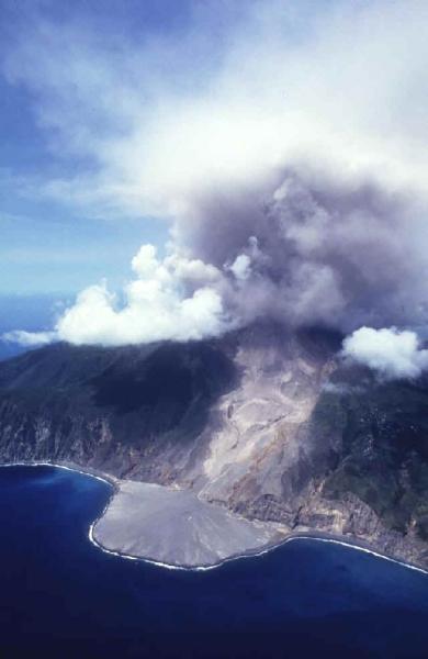 извержение вулкана Соуфриере Хиллс