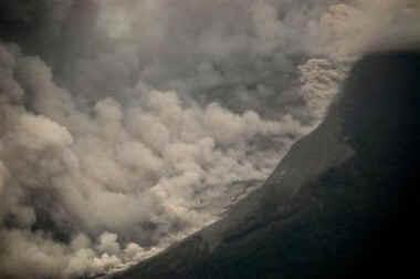 Вулкан Мерапи. Хроника событий.
